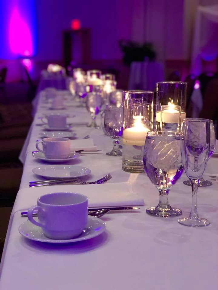 wedding table dinner set photo